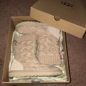 UGG ISLA BOW TIE RIBBON SWEATER BOOTS NEW!